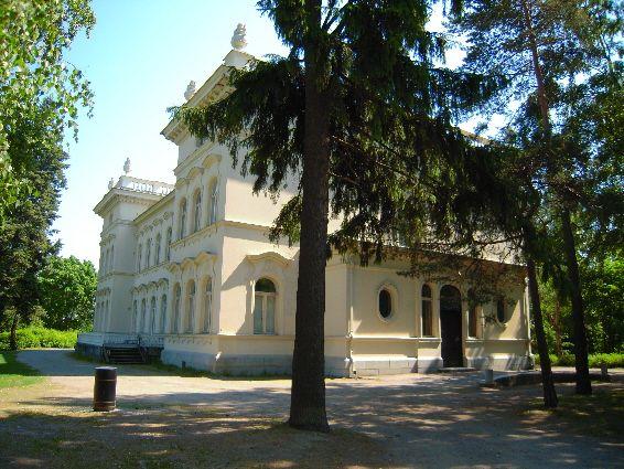 Näsilinna, Tampere. Vuonna 1898 valmistuneen palatsin alkuperäinen nimi oli Milavida. Rakennuksen suunnitteli arkkitehti Karl August Wrede. - Kuva: lumiukkona blogi Finland