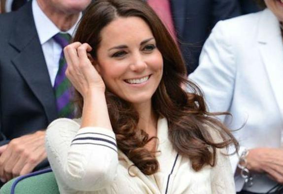 El príncipe William y los descuidos de Kate Middleton - http://notimundo.com.mx/espectaculos/el-principe-william-y-los-descuidos-de-kate-middleton-536829