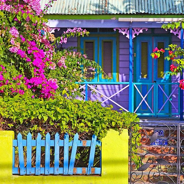 Caribbean colors in Barbados. Photo courtesy of fvlifestyle on Instagram.