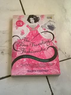 Perpustakaan Ratih Cahaya: The Time-Traveling Fashionista: On Board The Titan...