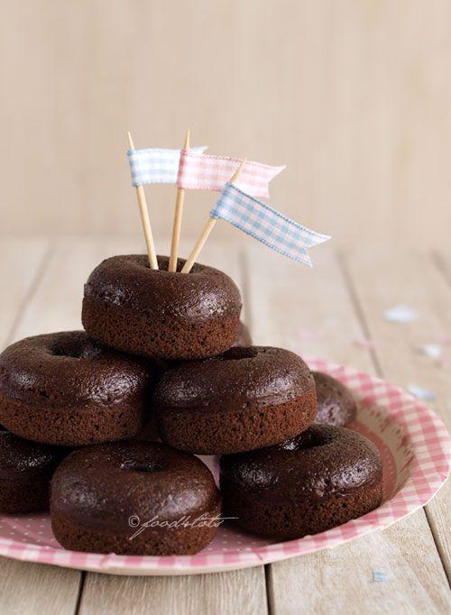 beignets, chocolat, cuit au four, mini beignet, gâteau au chocolat, bambin, enfant, enfants, nourriture 4 tots