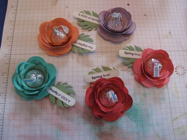 In My Craft Room: Hershey Kisses Flowers for Meals On Wheels