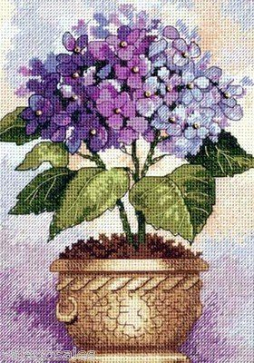 Dimensions Gold Counted #crossstitch #Hydrangea In Bloom ♥ #spring #flowers #mothersday #gift #decor #DIY #project #handcraft #handmade #needlework #stitching