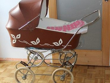 Retro kočárek Liberta pro dítě. Zachovalý kočárek,