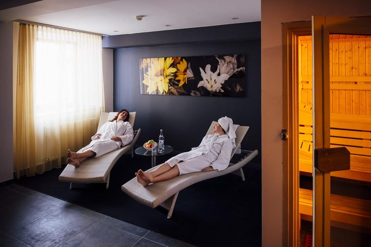 Relax inbetween flights at the angelo by Vienna House Bucharest close to the airport! #Airporthotel #Businesshotel #spa #wellness #sauna #bathrobe #wellbeeing #healthy #detox