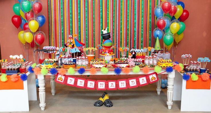 Mesas de festa infantil: veja como decorar a sua! : Mil dicas de mãe # imagem 3