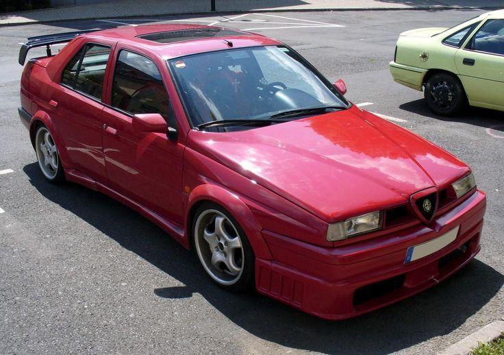 Alfa-Romeo 155