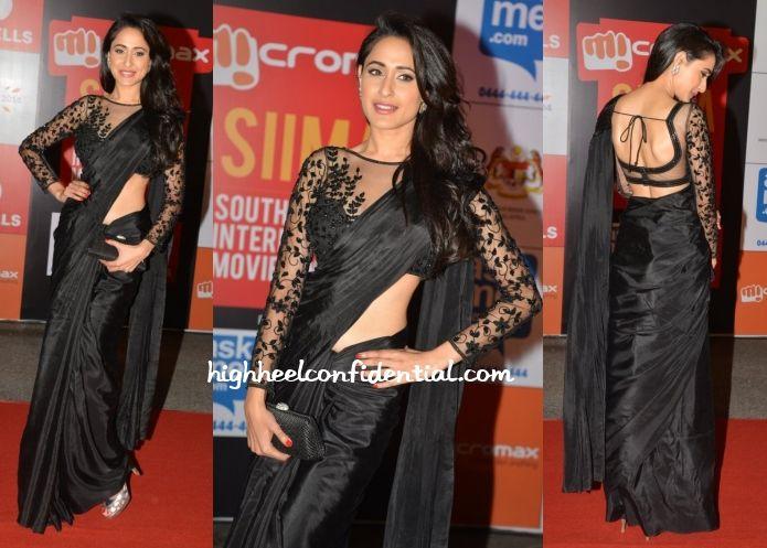 black sari <3