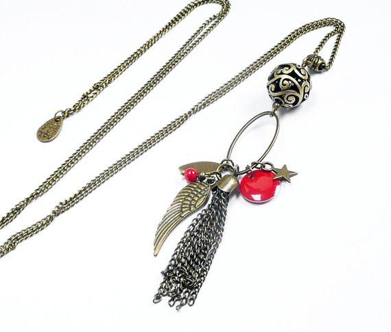Sautoir collier rouge pendentif pompon aile d'ange bronze vintage