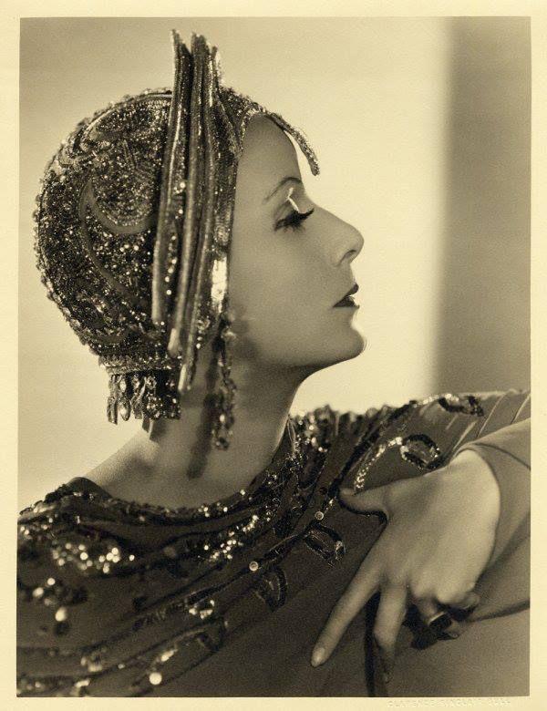 1931 Greta Garbo in Marta Hari--decaying hollywood mansion