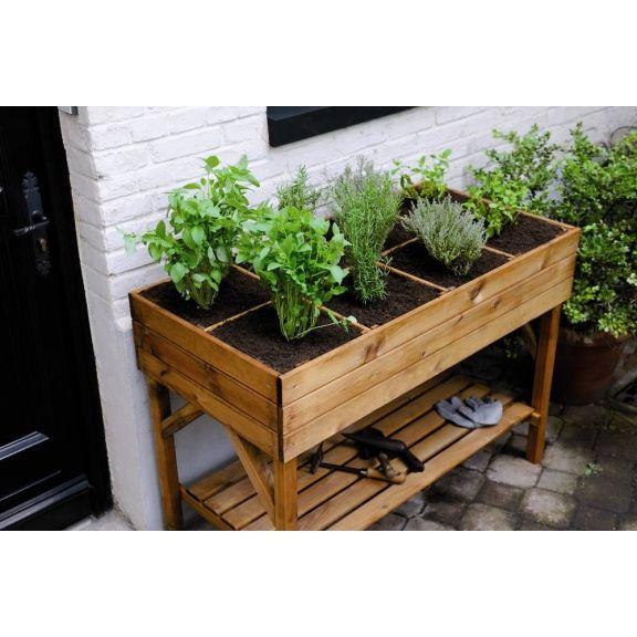 Le carré potager surélevé PIMPRENELLE, est la solution pour les passionnés de jardinage n'ayant pas la chance d'avoir un jardin ou un potager.