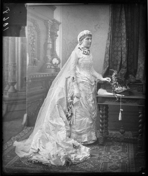 vintagebrides:  1880's bride Sydney, Australia