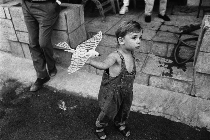 GREECE. Epirus region. Town of Preveza. 1993. Dimitris, son of the Greek photographer Nikos ECONOMOPOULOS.