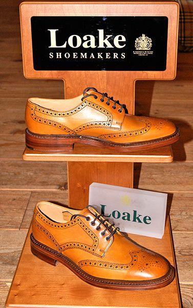 Prachtige en zeer populaire Loake herenschoenen! Nog veel meer schoenen in de winkel.