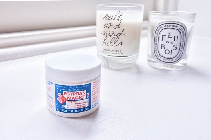Egyptian Magic Balm, has been a cult product since the early 90's and is recommended and used by the stars of Hollywood for the last two decades. I've heard alot about this balm, longbefore web sh...