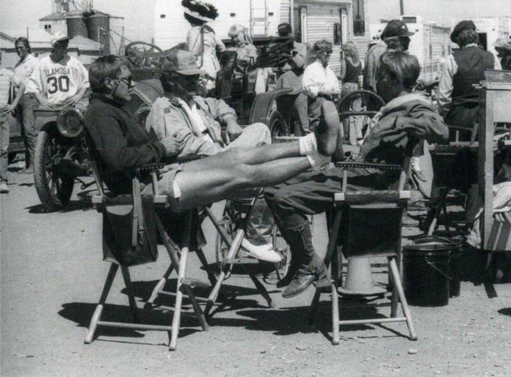 Harrison Ford, Steven Spielberg & River Phoenix on the set of Indiana Jones and The Last Crusade (1989)