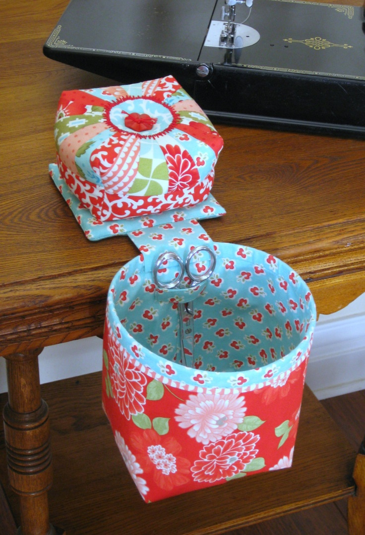 Medium Gift Idea: thread catcher