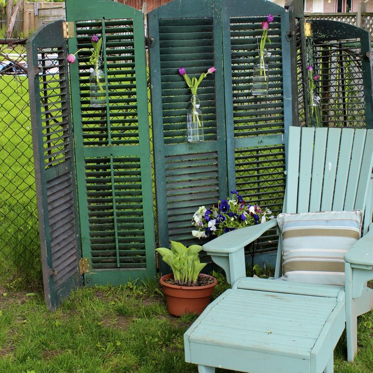 17 best images about garden screens on pinterest gardens for Small patio privacy screens