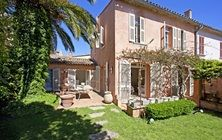 Our 6-bedroom Villa in St. Tropez, for rent now on http://www.marvellousluxury.com/saint-tropez.html