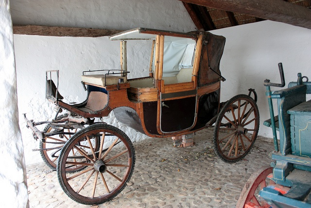 Historic Carriage, Groot Constantia, Cape Town by Kleinz1, via Flickr