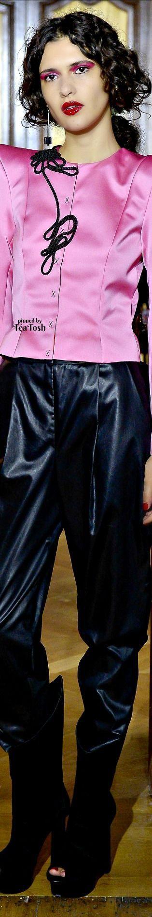 ❇Téa Tosh❇ Ronald van der Kemp, Fall 2017, Couture