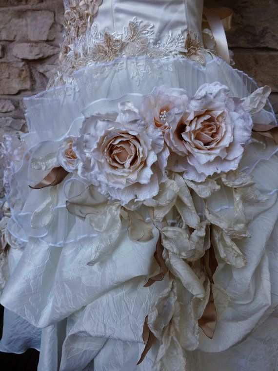 MADE TO ORDER Of White Ivory Roses Victorian Short by Arabescque