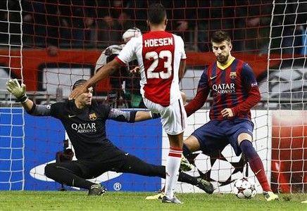 El Ajax, con 10, acaba con la racha del Barça