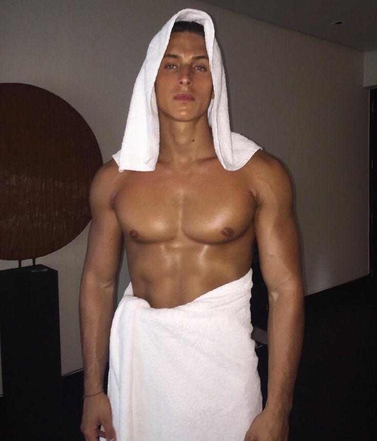 Oltean Male Model And Influencer Instagram Nichify Username Olteanvld Model