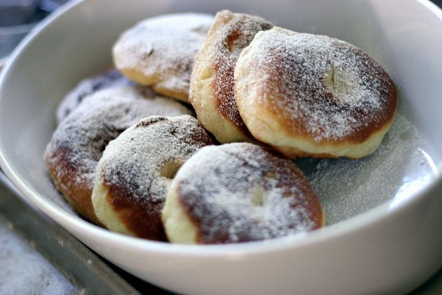 Hungarian yeast doughnut, bauernkrapfen