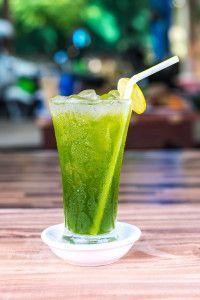 Moringa Mint Iced Tea  * 2 cups water *2 tsp moringa powder *2 cups ice *1 lime juiced *1 handful fresh mint leaves * 1 tsp honey or stevia