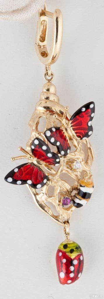 Серьги золотые Roberto Bravo http://tyumen.lookmart.ru/products/sergi_zolotyye_roberto_111327
