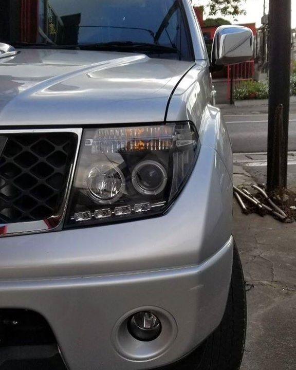 Sonar headlight and led bar fitted on Nissan Navara