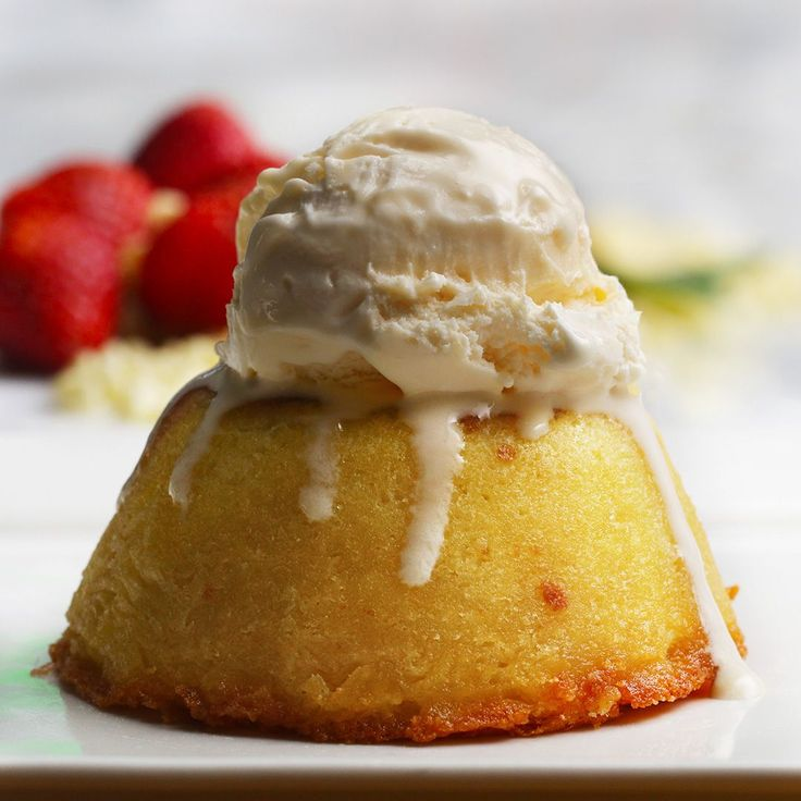White Chocolate Raspberry Lava Cakes