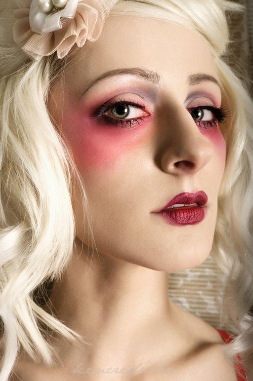 Pink eye makeup