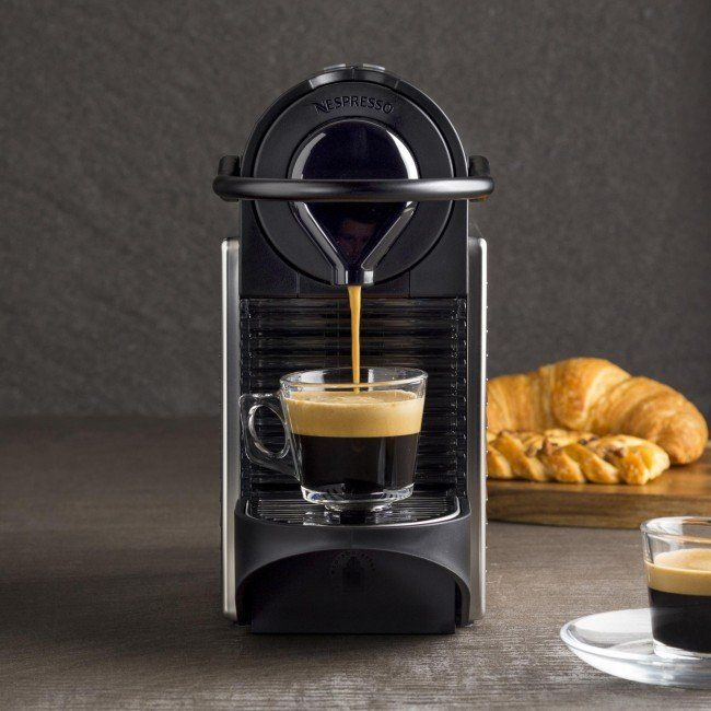 The Nespresso Pixie coffee machine offers avant-garde design with elegance and functionality. At only 11 cm wide, the Pixie has a small footprint and takes up very little space on your countertop - perfect for smaller kitchens. Single touch functionality features two size options (Espresso and Lungo) that can be programmed for custom volumes.