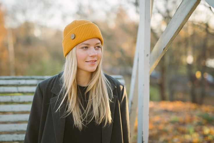 TImberjack Beanie Autumn Gold. 100% bluesign certified merino wool, made in Finland #vaikoclothing #merino #wool #beanie #bluesign #sustainable #fashion