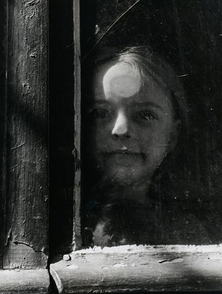 """Photo from the book """"Paris des Rêves"""", 1950 by Izis Bidermanas"""