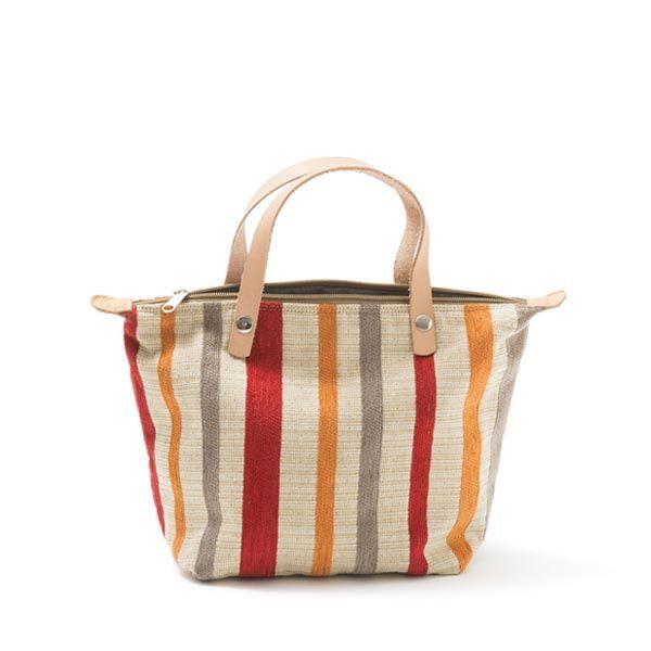 Mini handbag-mala de mão em chenille,forro interior em ganga e tecido floral. Pegas duplas em couro natural.Fecho de correr.Handmade-numerado. Medidas: 30x21x14cm