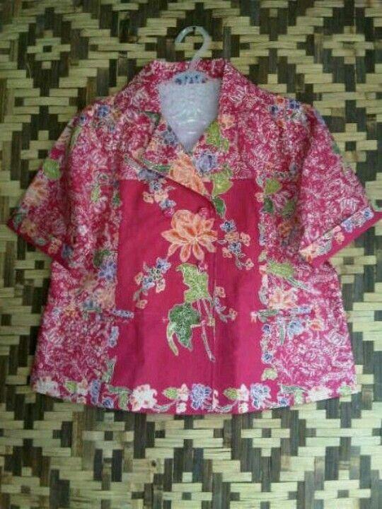 Floral fresh blouse batik