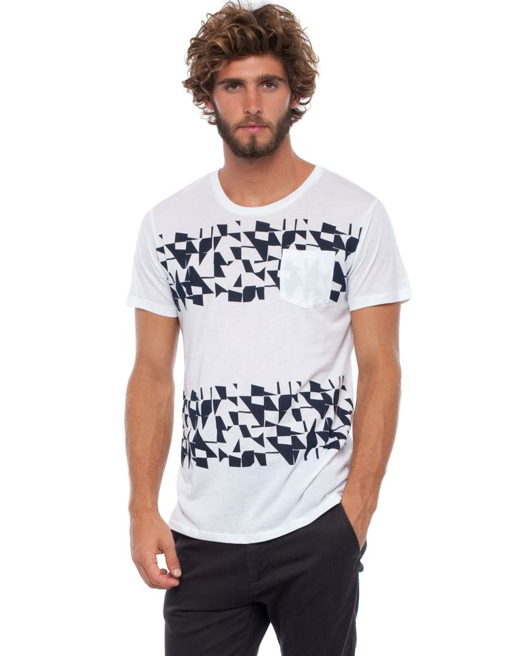 Christo Tee by Everloom Online | THE ICONIC | AustraliaChristo Tee by Everloom Online | THE ICONIC | Australia