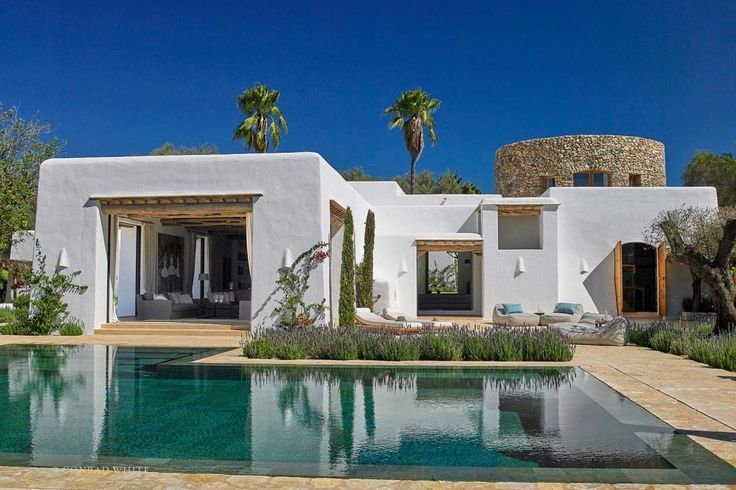 Ibiza living: 2017 update! Blakstad Design Consultants – Fusing tradition and modernity | White Ibiza