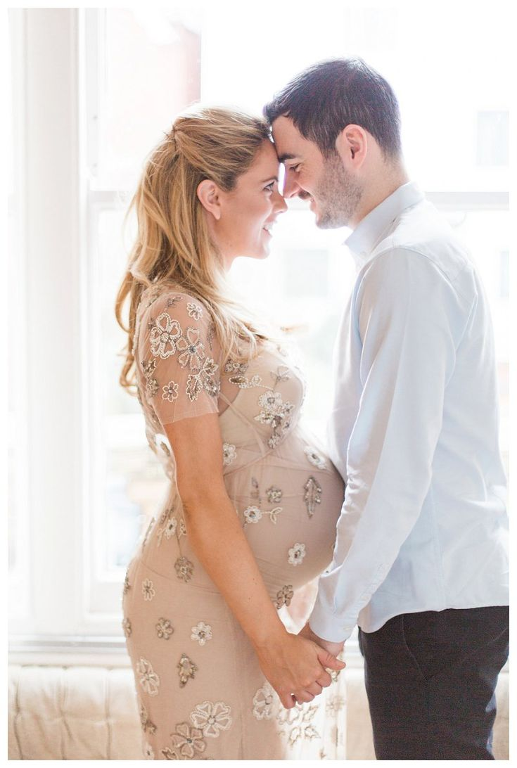 A lifestyle maternity session in London Love - Baby - Homes - Lace - Blue - Couple - Mommy - Daddy - Children - Family to be - Photography