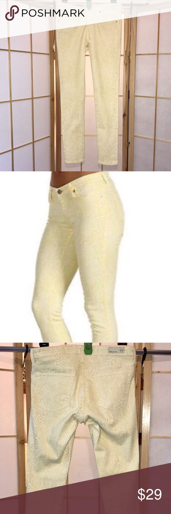 Ag Adriano Goldschmied Soft Yellow Skinny NWOT! Ag Adriano Goldschmied Soft Yellow Skinny NWOT! Hit at Ankle. Faint snakeskin print for a little edge. Perfect Condition! I ❤️ These!! Ag Adriano Goldschmied Jeans Skinny
