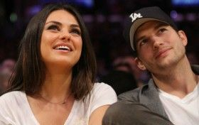 Cerita Dibalik Pernikahan Ashton Kutcher dan Mila Kunis.