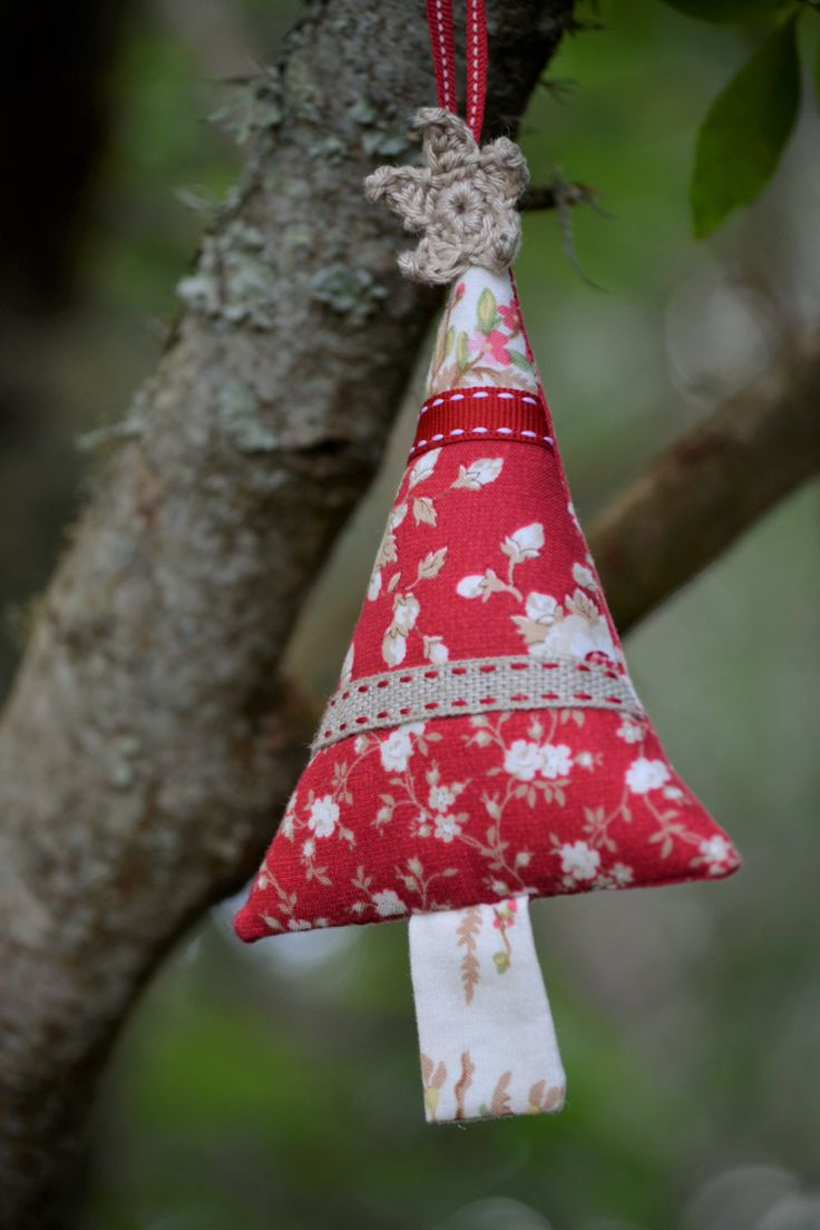 Fabric Christmas Tree, Red, Brown, Ribbon, Patchwork, Crochet Star Christmas Tree Decoration, Spotty, Vintage, Floral by HeartmadeSouthAfrica on Etsy