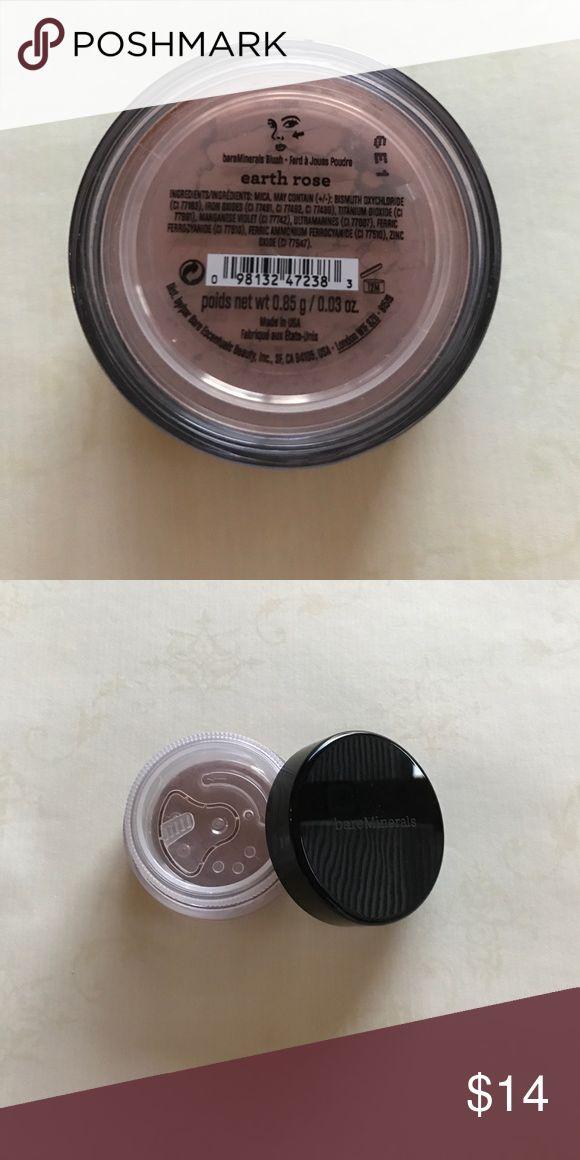 New Sealed Bare Escentuals Blush in Earth Rose NWT. New sealed Bare Escentuals Earth Rose blush, 0.85 grams/ 0.03 oz. Bare Escentuals Makeup Blush