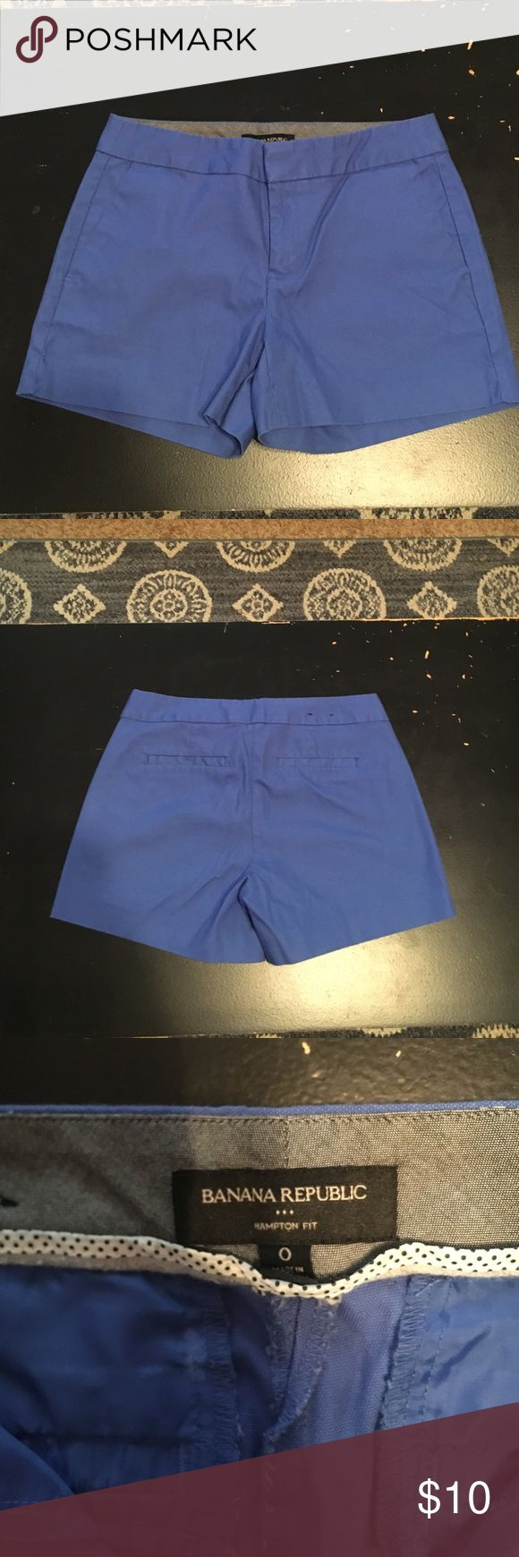 Royal Blue Hampton Fit Short Royal Blue Hampton Fit Short - Size 0 - (worn once or twice)  Sits below the belly button. True to Size. Banana Republic Shorts