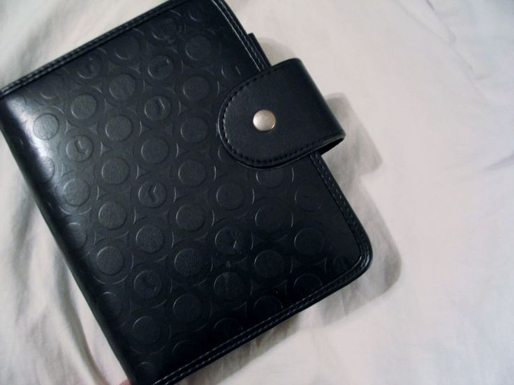 Franklin Covey Planner Organizer Black Magnetic  Circle Motif 6 Ring 7.5 x 6  #FranklinCovey