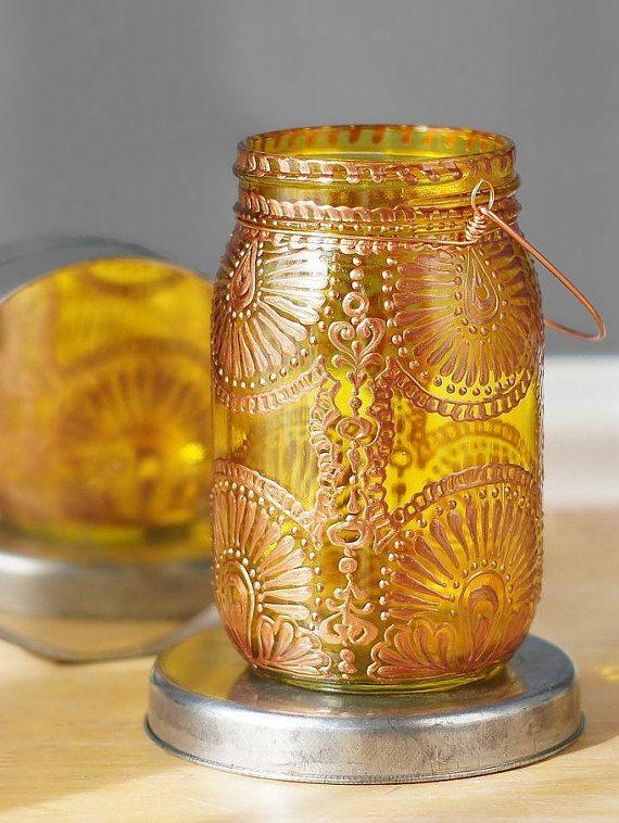 Peint lanterne bocal à conserves en jaune d'or à la par LITdecor