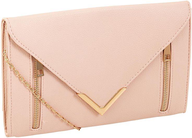 Materiale:   Grande clutch in pelle sintetica in rosa chiaro ed applicazione di chiusura a zip color oro.  L'interno della borsetta, in beige, è molto spazioso ed è inoltre dotato di piccola tasca....